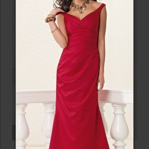 JORDAN STRAPLESS V NECK LONG DRESS w/ xtra length